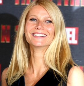 gwyneth-paltrow-abs-are-better-than-madonnas-gi